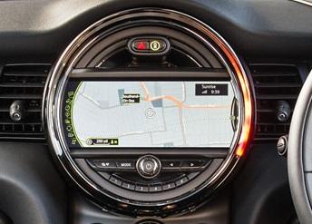 mini-f56-interior-03